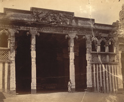 Entrance façade of the Kalyana Mandapa, Minakshi Sundareshvara Temple, Madurai